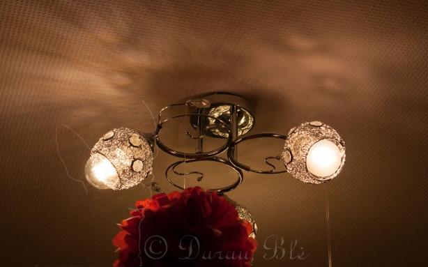 Palyginimas: 8 W diodinė (LED) ir 40 W kaitrinė lemputės | Darau, blė