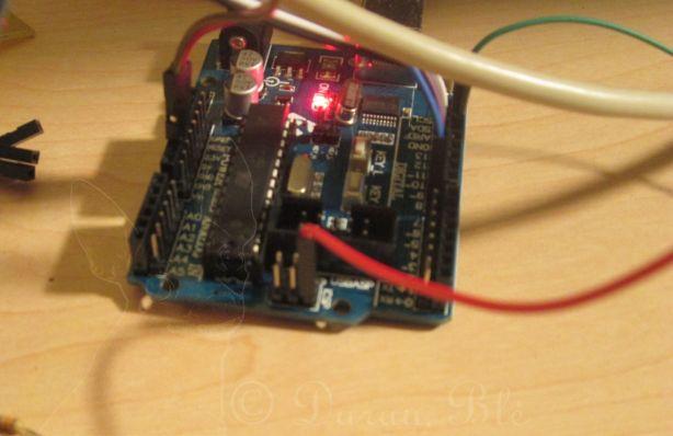 5 V įtampos paėmimas iš Arduino Uno plokštės ISP jungties | Darau, blė